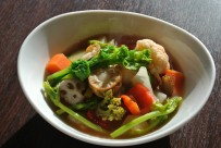 ベビーホタテと葉物のトマトスープ